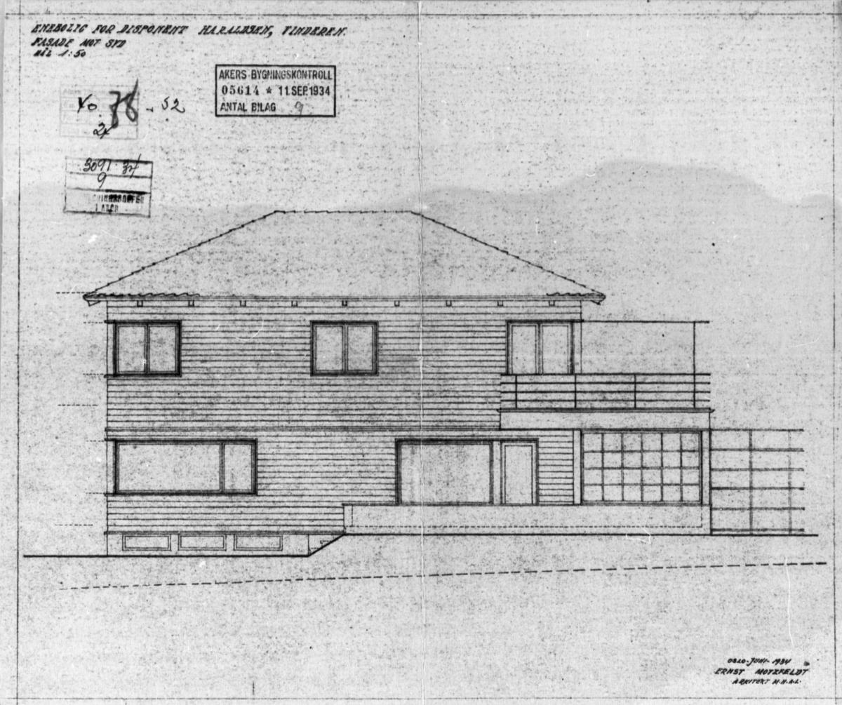 """Arkitekttegning merket """"Fasade mot syd""""."""