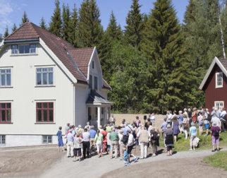 Omvivsning i 1915-huset på Maihaugen, Lillehammer