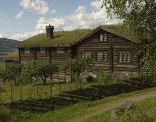 Storgarden Bjørnstad på friluftsmuseet Maihaugen på Lillehammer.