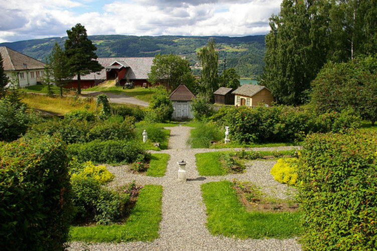 Prestegardshagen, Maihaugen, Lillehammer. Foto: Sigmund Rosland