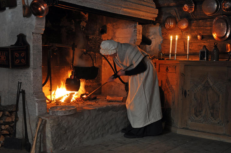 Juleforberedelser Prestegarden Maihaugen
